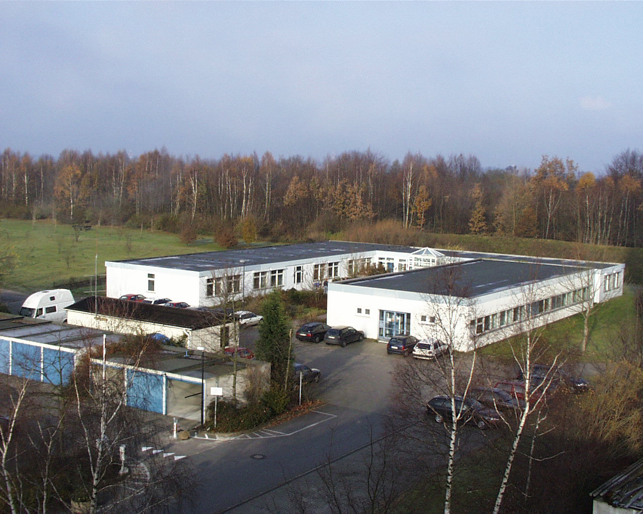 U-förmiger Ausbau des Lehrstuhlgebäudes