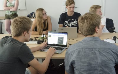 Programme ausdenken, umsetzen und testen – SchnupperUni am FLW
