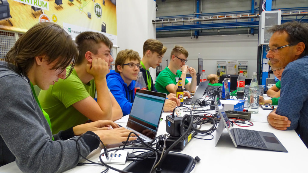 "Logistik-Projekt ""Internet of things und cyberphysische Systeme"""